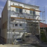 Stavebná spoločnosť QUATTRO-H - práce na fasáde rodinného domu